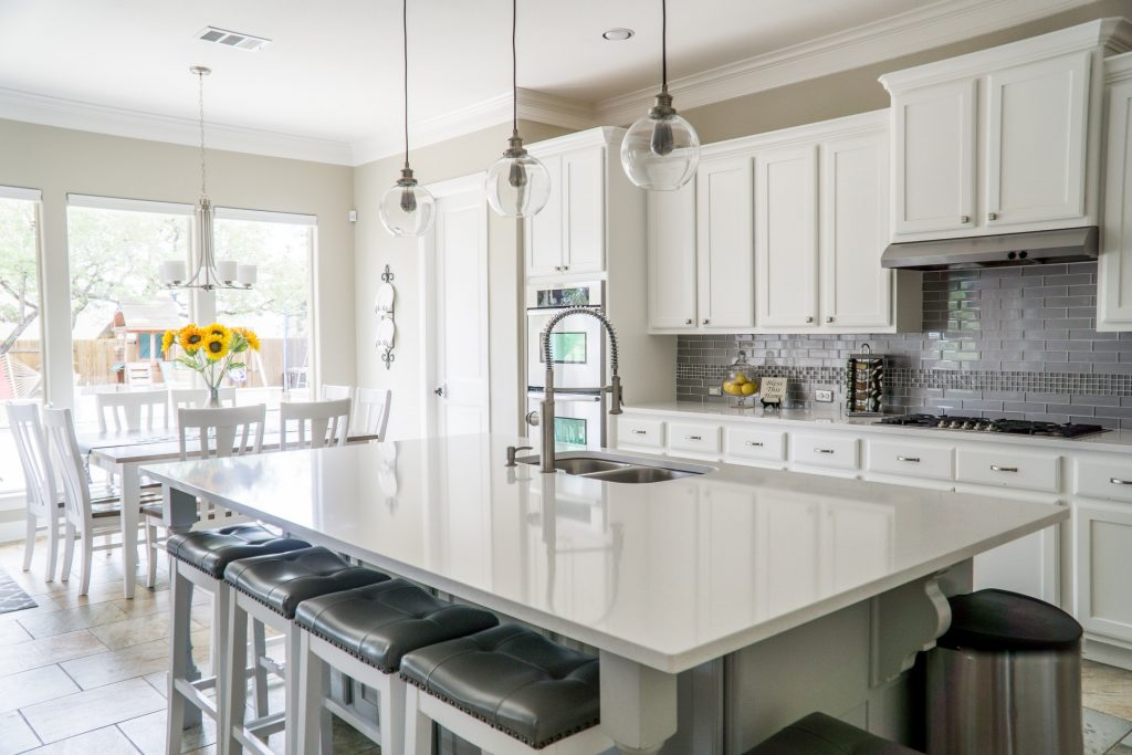 High End Kitchen Appliances And Custom Cabinets In Regina